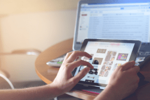Trends in Technology Driving e-Commerce in 2020 Banner Image